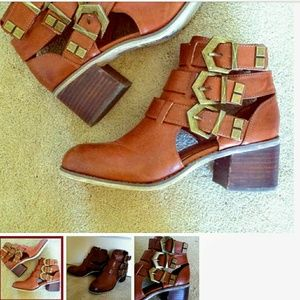 Brand New 3 Strap Ankle Bootie Size 10